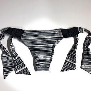 Frankie's Bikinis Swim - NWOT Frankie's Bikinis Bottom